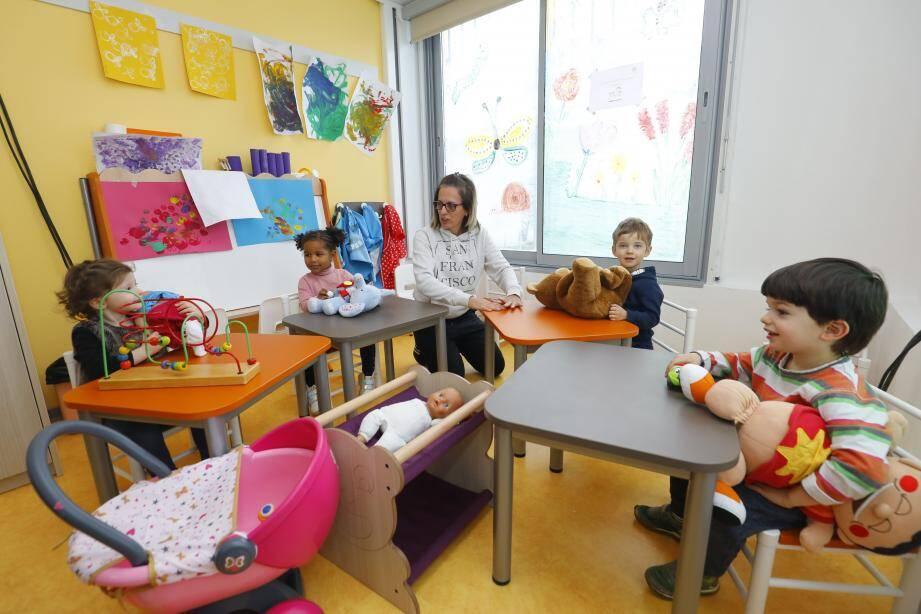 Aux Semboules, les assistantes maternelles et les enfants disposent désormais d'un lieu pour se rencontrer, échanger, partager...