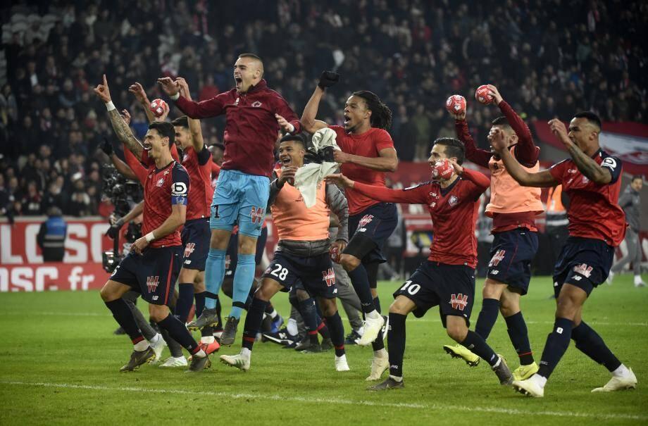 Sur un nuage en deuxième période, les Lillois ont consolidé leur 2e place avec 8 points d'avance sur Lyon.