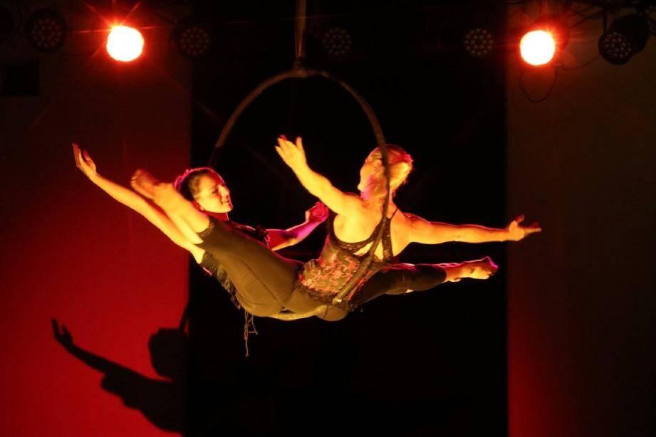 Marilou en représentation avec Gaby son professeur