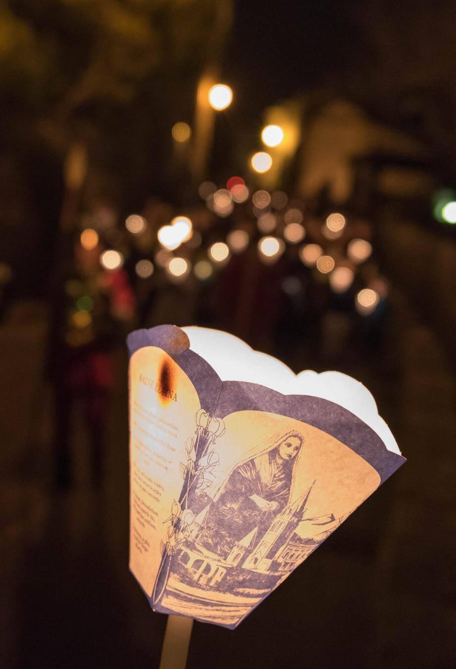 Début de la Procession des escargots, ce vendredi, à 21h.