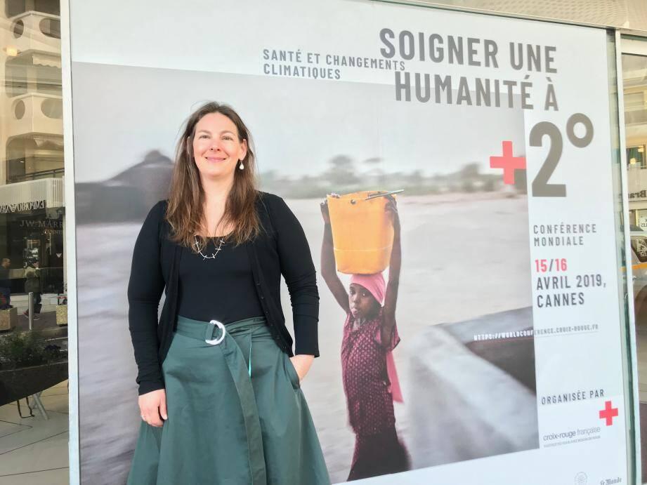 Joy Shumake-Guillemot : « Il faut remettre la nature au cœur des villes !». Pour cette experte : « La végétalisation des bâtiments à construire sur l'ancien stade du Ray à Nice peut être un bon exemple».