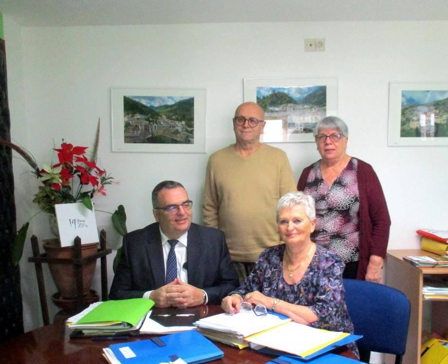 Le chargé de mission de la sous-préfecture Nice-Montagne, Jean-Christophe Boutonnet, travaille aux côtés de Danielle Chabaud et de ses adjoints pour faire avancer les dossiers  de biens en état d'abandon.