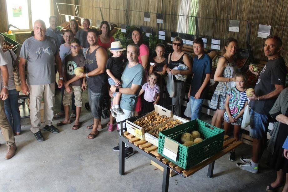 Le marché paysan est approvisionné par une vingtaine de producteurs locaux.