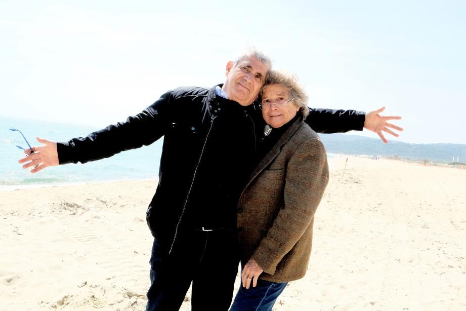 Michel Boujenah et Jacqueline Franjou ont déménagé sur la plage La Serena cette année pour annoncer leur programmation.