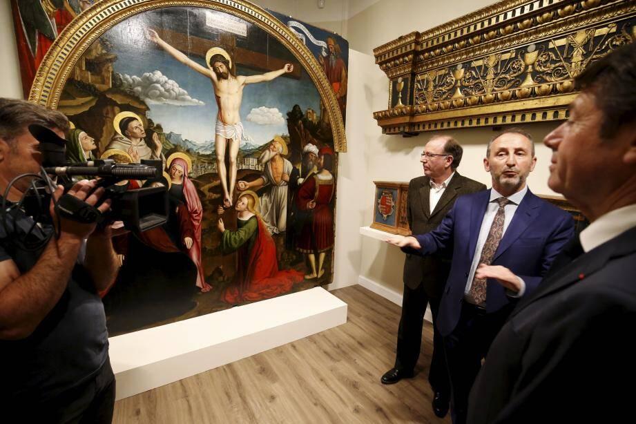 Après trois ans de rénovation, le retable de Brea est ressuscité et présenté dans une exposition hors norme inaugurée hier matin, par le maire, Christian Estrosi.