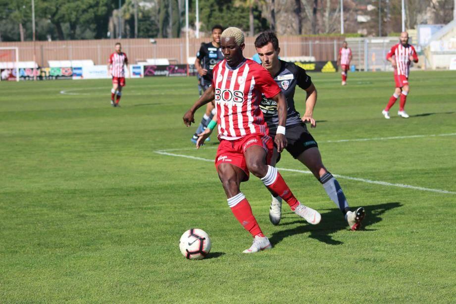 Maiga et les Cannois entendent bien retrouver l'efficacité offensive aujourd'hui face à l'EF Bastia.
