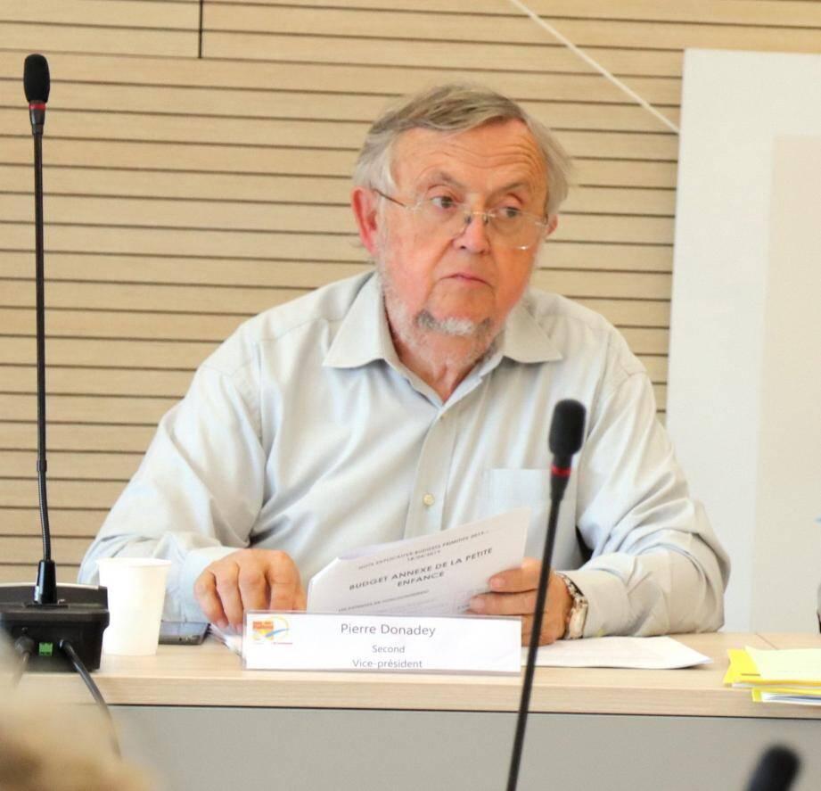 Pierre Donadey a rappelé « la volonté constante des élus et de la CCPP de l'aménagement du territoire autour des zones traversées par la voie ferrée ».