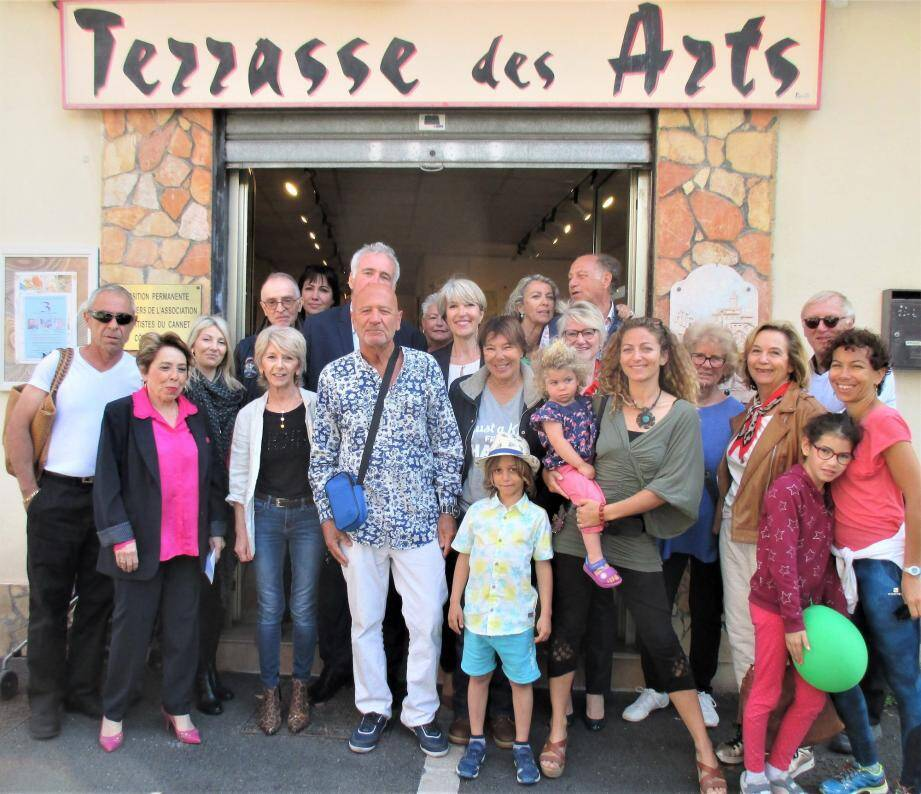 Le vernissage a rassemblé les artistes et le public de l'ACCA (Association des Artistes du Cannet Côte d'Azur).