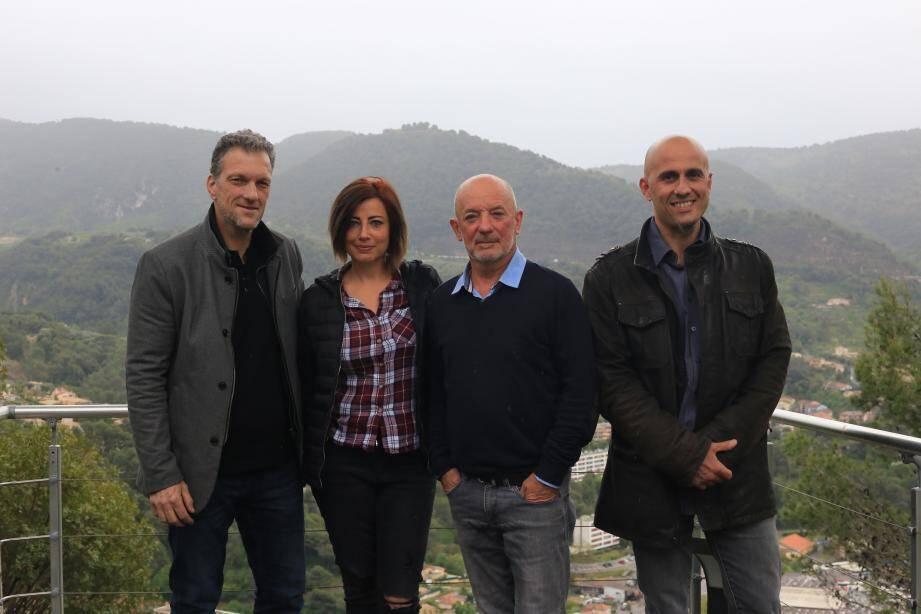 Ils sont quatre présidents d'associations à se plaindre de « discrimination » : Alain Brunetti (PAD), Sabrina Missud-Guillet (FCPE-Centre), Alain Junguene (ALP) et Laurent Portelli (Comité de quartier).