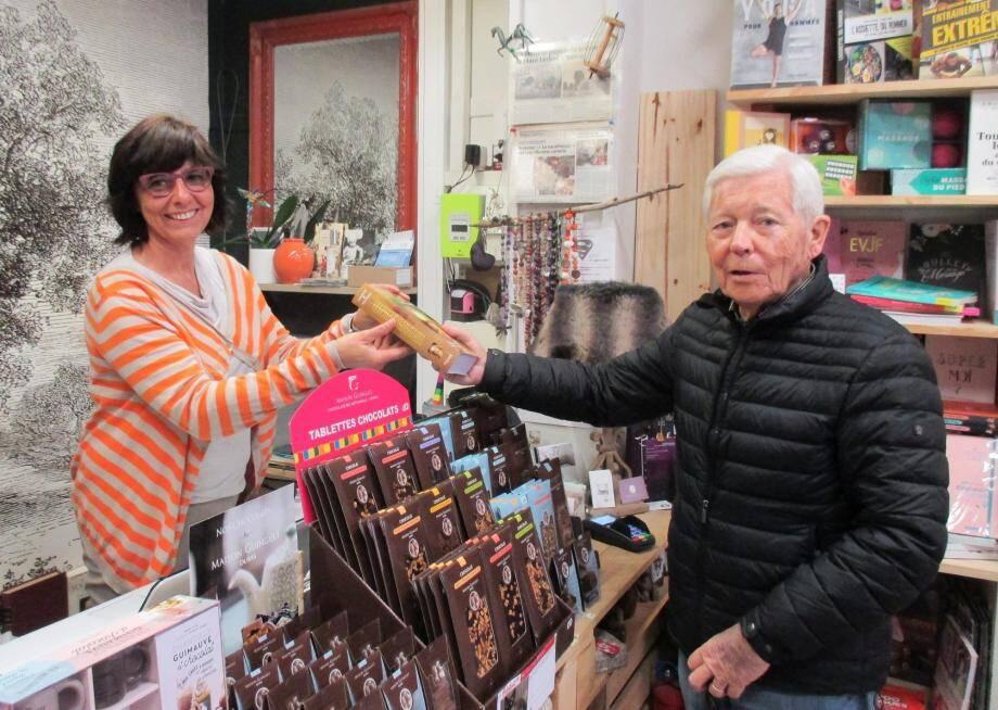 Lancer une librairie de quartier : une gageure réussie par Corinne Pesce.