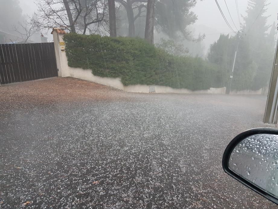 Un orage de grêle à Vallauris
