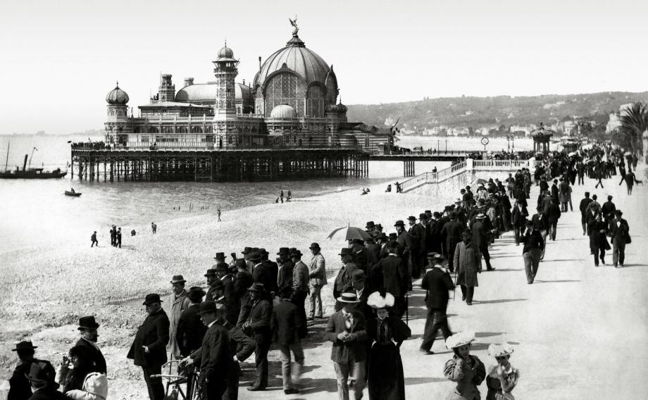 Le casino Jetée-Promenade de Nice était parti en fumée juste avant son inauguration.