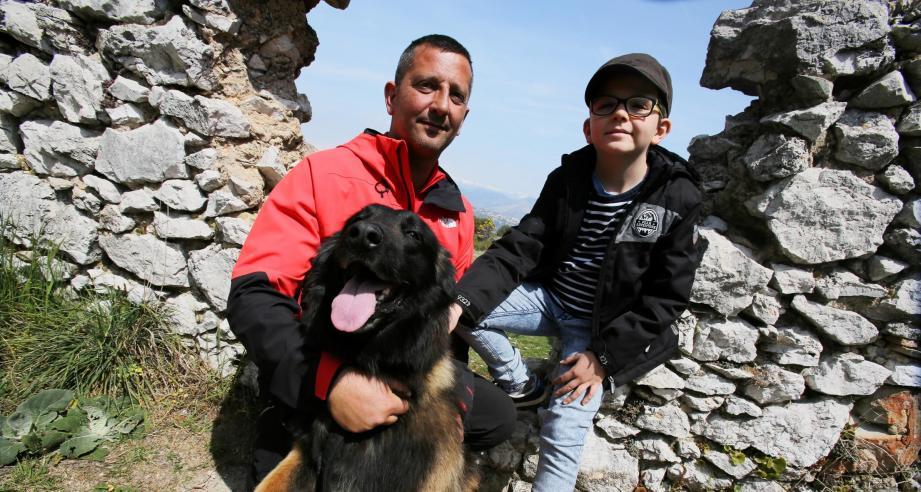 Camille a passé une journée avec Hervé et son chien Ebola.