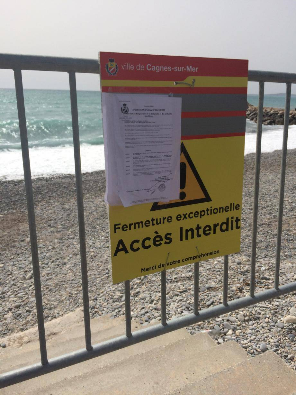 La baignade et la pratique d'activités aquatiques sont interdites jusqu'à nouvel ordre.