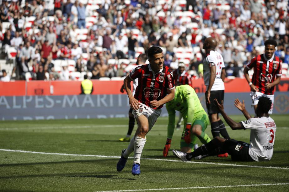 Youcef Atal a réalisé un grand match contre Guingamp.