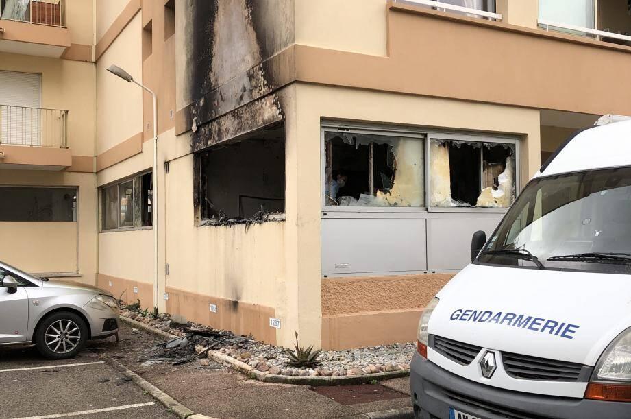 Le studio a été ravagé par les flammes.