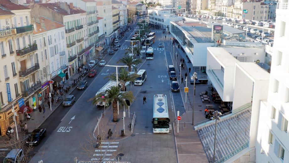 Vue de la gare de Cannes.