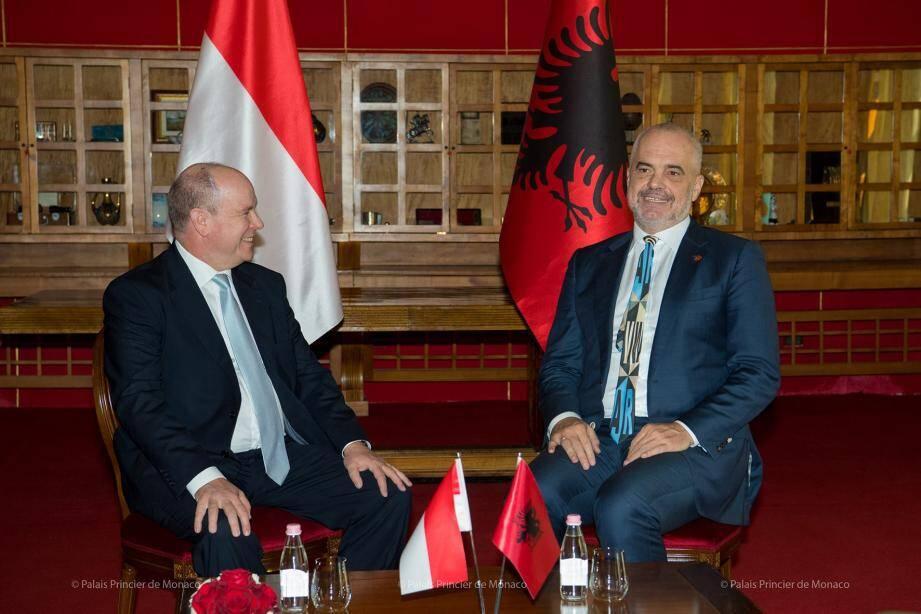 En octobre dernier, le souverain en visite officielle en Albanie, avait rencontré le premier ministre Edi Rama, ainsi que le président de la République, Ilir Meta.