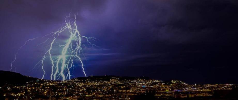 Un orage vu depuis Nice.