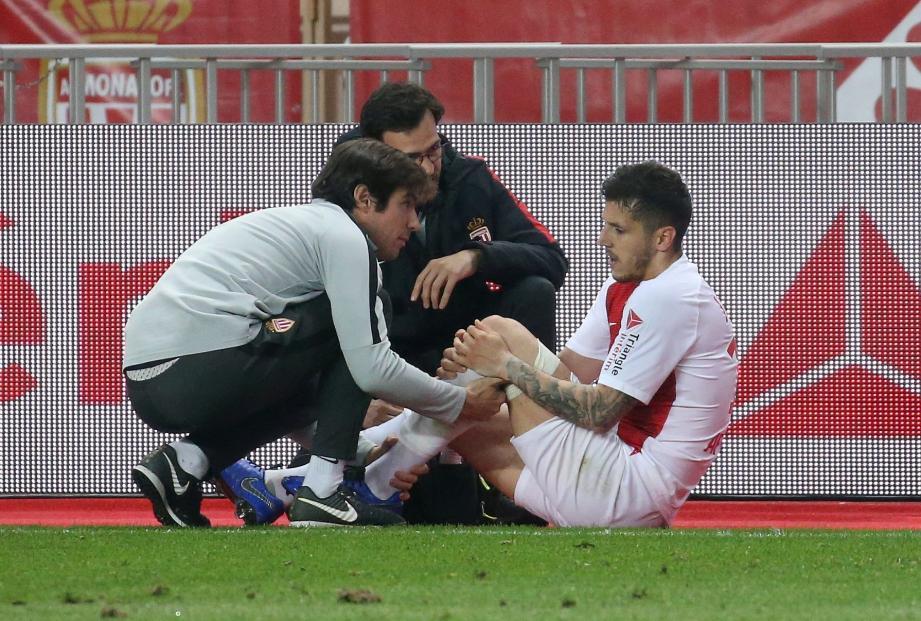 Stefan Jovetic est sorti sur blessure.