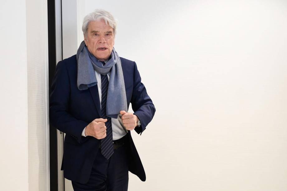 Bernard Tapie à la sortie du dernier jour du procès de l'arbitrage.