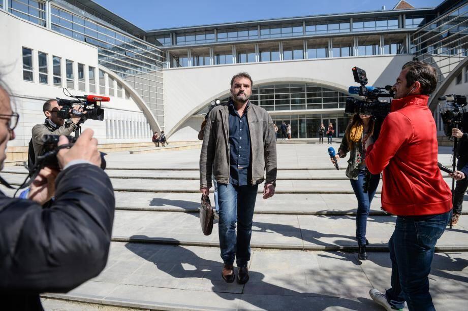 Frédéric Péchier, est sortie libre du tribunal.