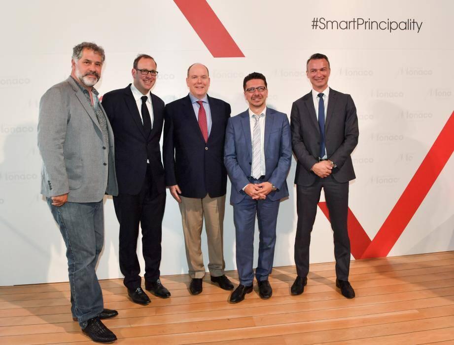 Autour du souverain mardi soir, Luc Jacquet, Frédéric Genta, Cédric Biscay et Thomas Battaglione ont illustré les enjeux du numérique pour la Principauté.