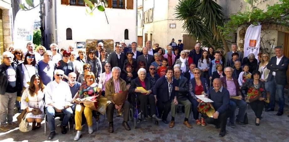 Les couples qui ont célébré leurs 50 et 60 ans de mariage ont été mis à l'honneur lors d'une cérémonie. (DR)