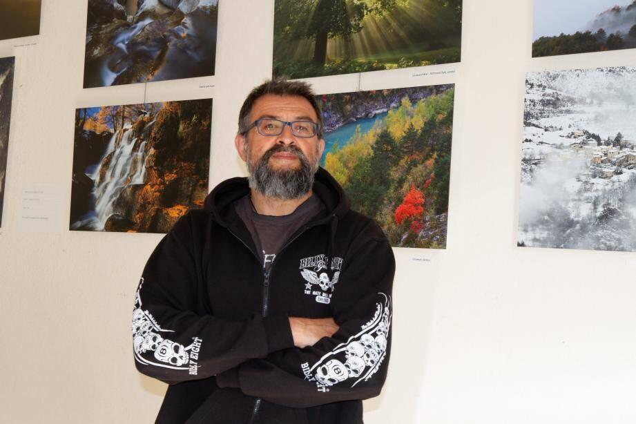 Le photographe Karim Smaoui expose à la médiathèque.