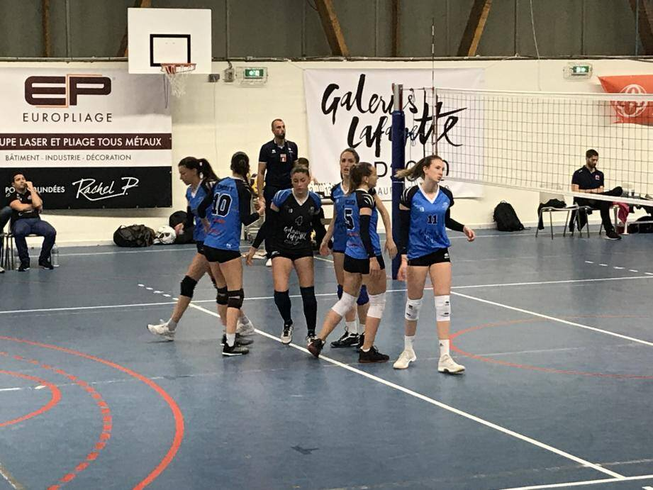 Les filles coachées par Pascal Drouot ont un boulot à finir...