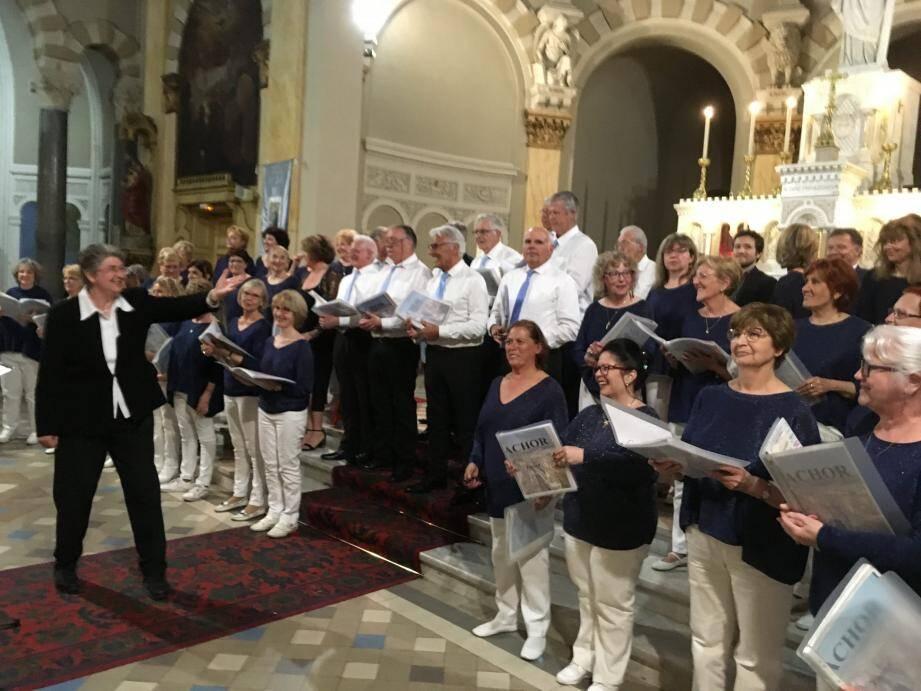 Samedi soir, les choristes ont largement valorisé le chant lyrique et sacré au sein de l'église du Sacré-Cœur.(DR)