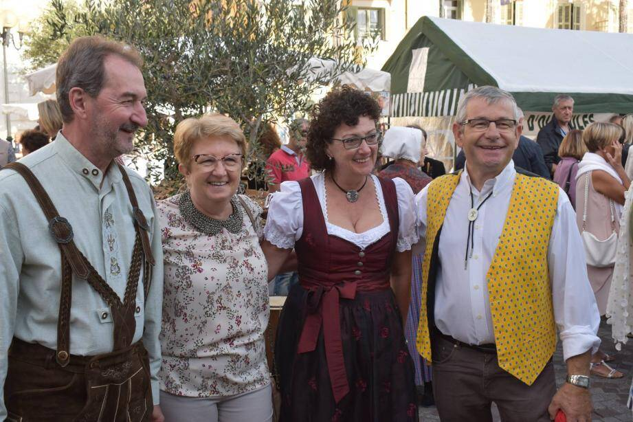 Les responsables du comité de jumelage vont célébrer la Journée de l'Europe demain.