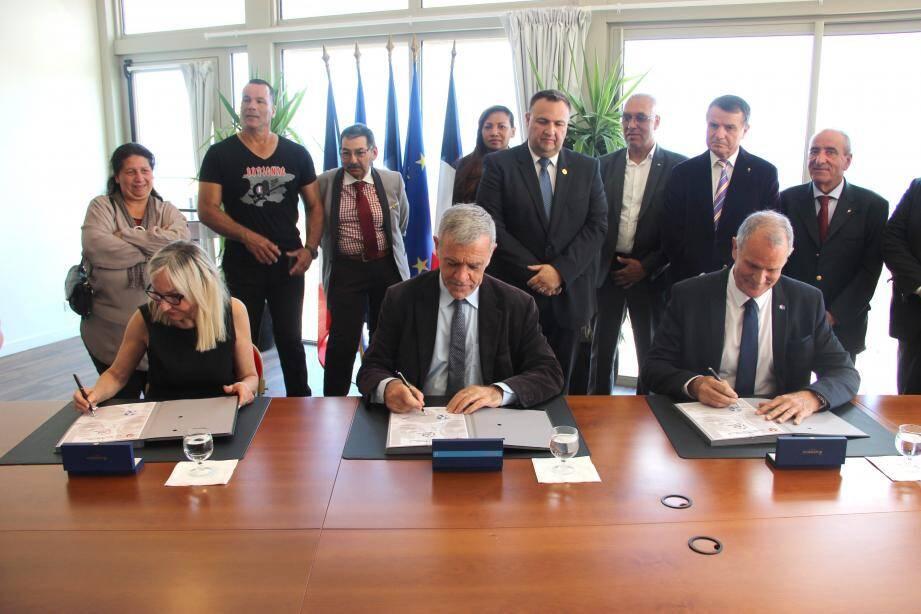 Danielle Lisbona, Gérard Spinelli et Bertrand Vitu ont signé ce partenariat solidaire.(DR)