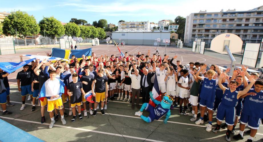 Les jeunes basketteurs sont arrivés sur place hier.