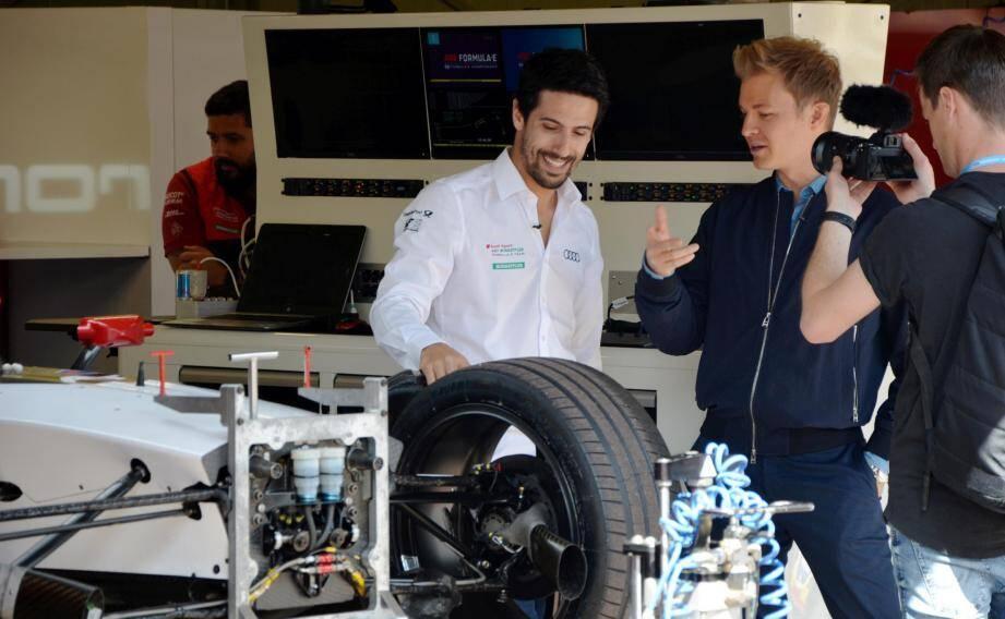 Observateur attentif de la veillée d'armes, hier, Nico Rosberg a alimenté sa chaîne You Tube en compagnie du pilote brésilien du team Audi-Abt Lucas di Grassi, le champion de la saison 3.