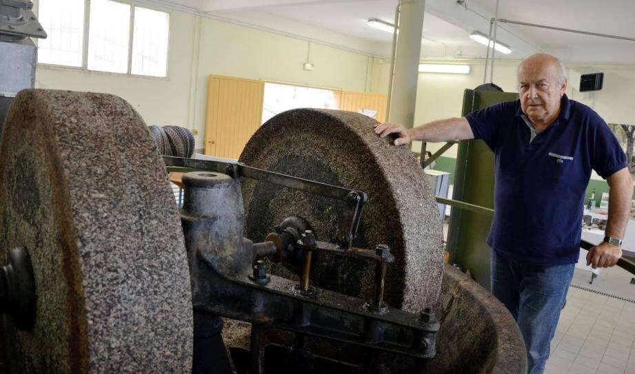 Jean-Pierre Louvet commentera avec passion, comme il en a l'habitude, les visites prévues ce week-end au moulin à huile de Castellar.(Archive Thibaut Parat)