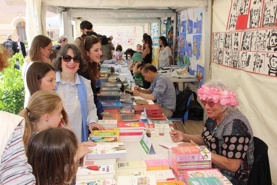 Moments de partage et d'échanges avec les jeunes lecteurs lors du Festival, et pas que...