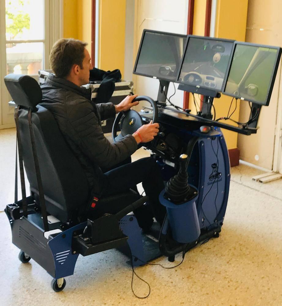Au gré des ateliers, les managers de Veolia ont pu tester leur aptitude au volant.