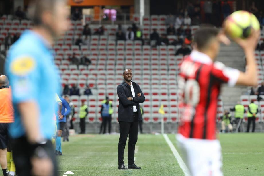 Si les Aiglons remportent leurs deux derniers matchs, coach Vieira rallongera les vacances...