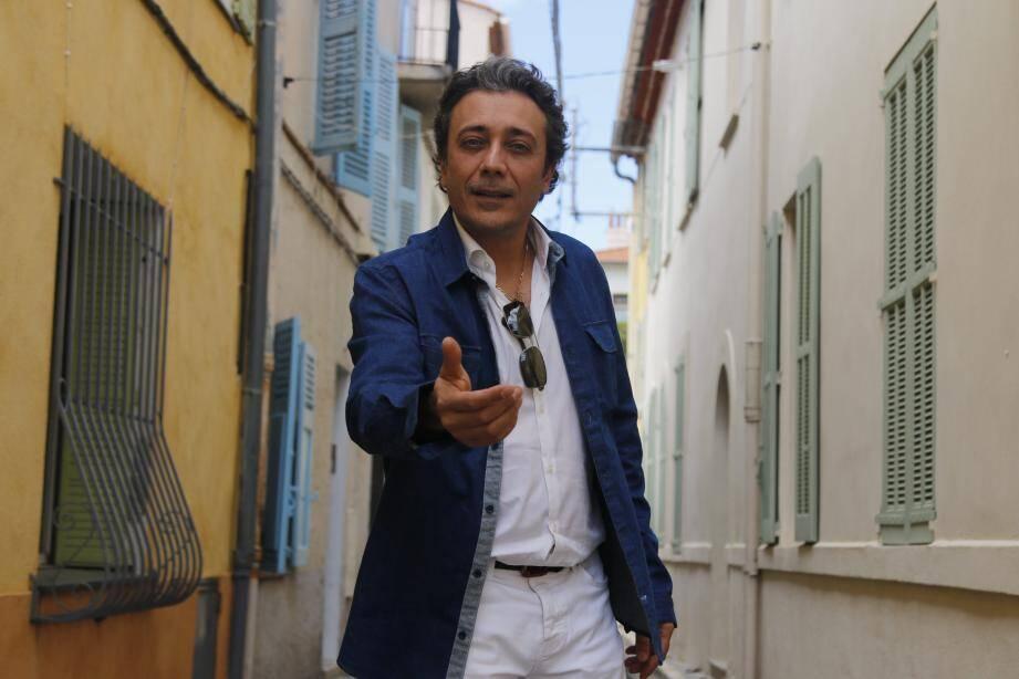 Patrice Raya présente Graaa...ve drôôôle, silence on tourne, vendredi à Anthéa.