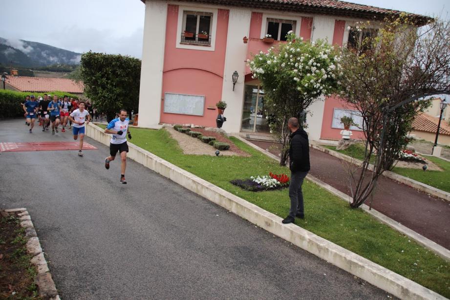 Dès le départ du 15 km, Stéphane Giordanengo a pris les devants de la course.