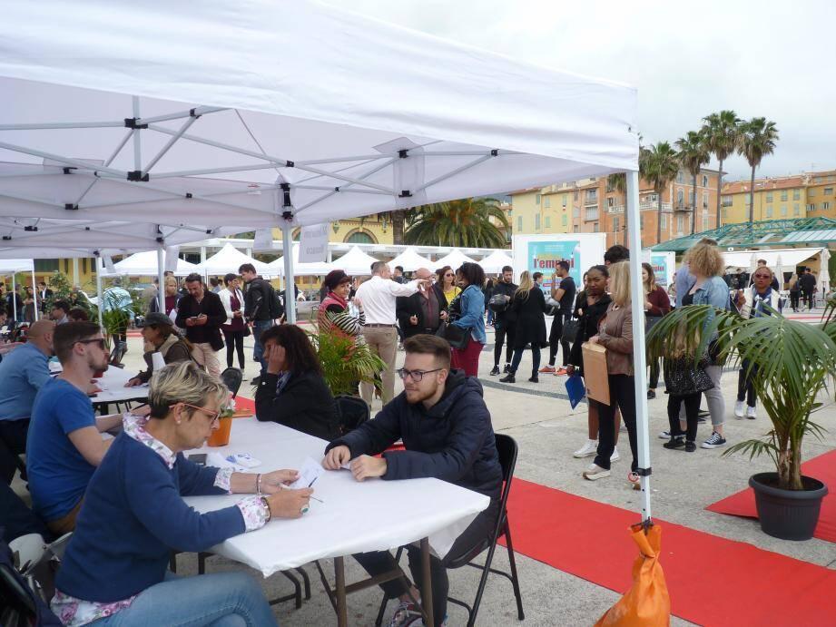 Plus de 230 offres étaient à pourvoir ce mercredi dans le secteur de l'animation, de l'événementiel, de l'hôtellerie-restauration, du commerce, de la vente ou encore du service.