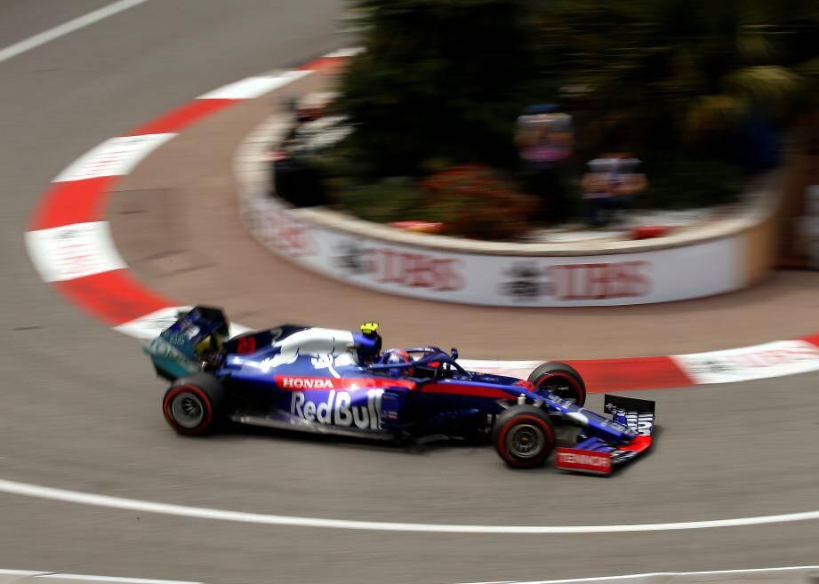 Recruté par le Red Bull Junior Team à 12 ans, le natif de Londres en avait été éjecté à 16 ans après une première saison décevante en Europa Cup Formule Renault 2.0. En F1, il répond présent.