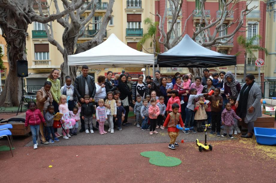 La fête a permis de réunir les enfants qui fréquentent la structure, ainsi que leur famille, dans une ambiance conviviale.