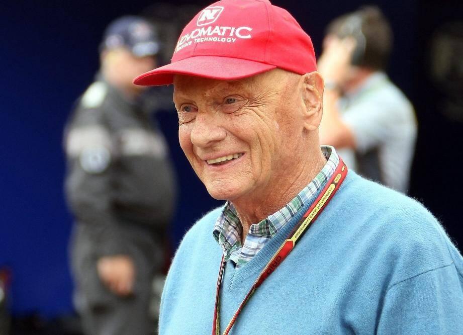Le 1er août 1976, au volant de sa Ferrari sur le circuit du Nürburgring en Allemagne, sa Ferrari part brusquement dans le mur et s'enflamme. Il reste près d'une minute dans le cockpit, avant d'en être extrait par trois concurrents.
