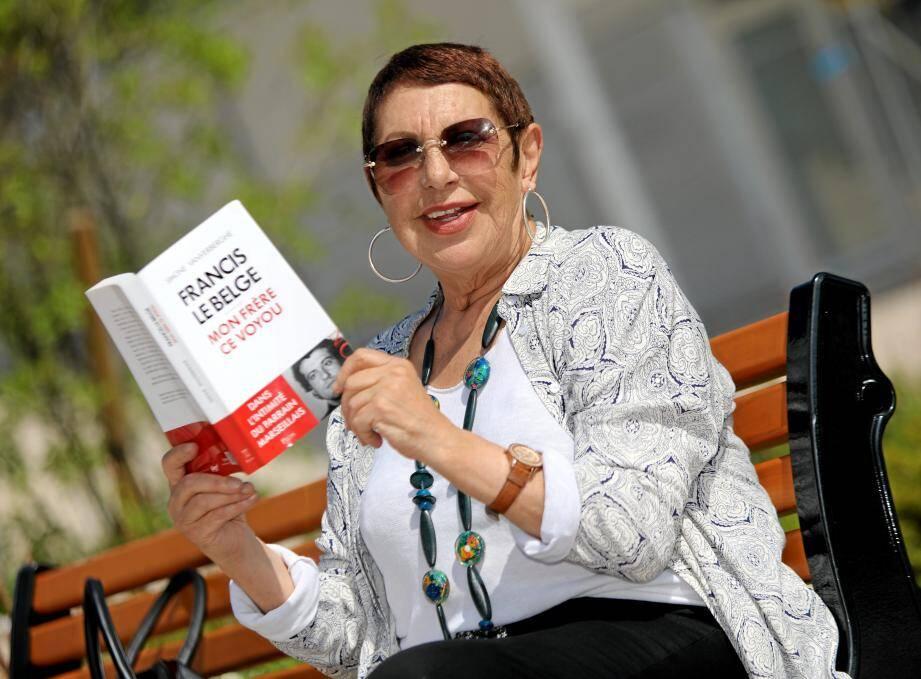 Simone Vanverberghe dédicace son ouvrage sur Francis le Belge samedi à Cagnes.