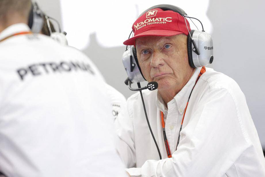Niki Lauda est mort. Niki Lauda est inoubliable. Nous l'avons rencontré pour Nice-Matin, le 25 mai 2001 à Monaco. Il y a 18 ans... Il était alors le patron de Jaguar Racing, mais portait une casquette rouge vif.