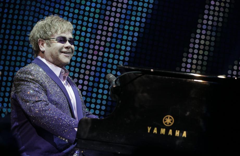 Elton John devrait être présent à Cannes lors de la projection du film.