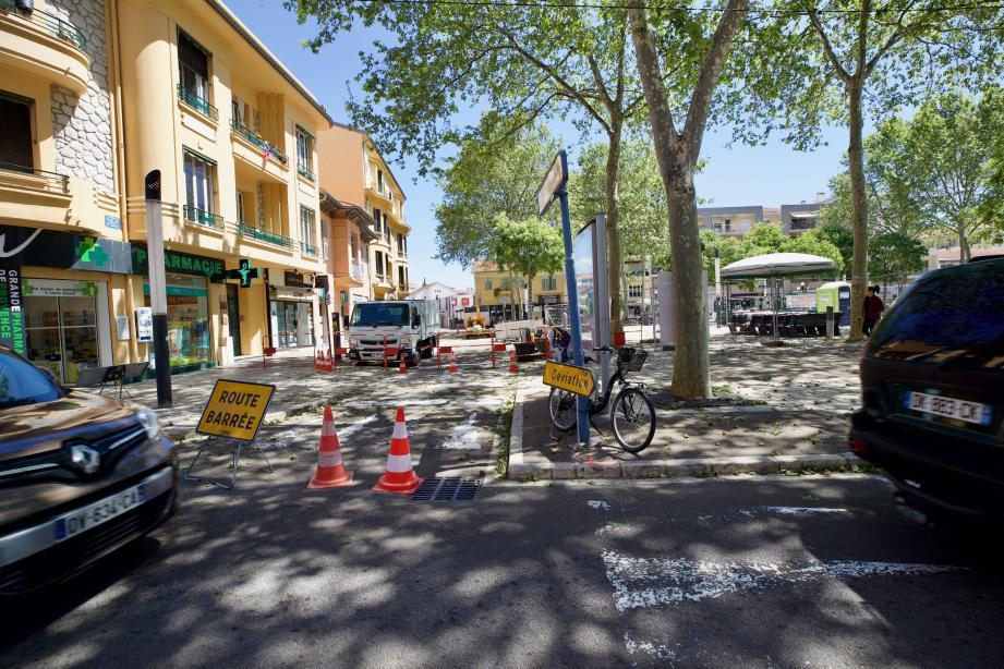Le tronçon de la rue Lecat entre les rues Renoir et Mistral sera temporairement fermé à la circulation jusqu'au lundi 20 mai.