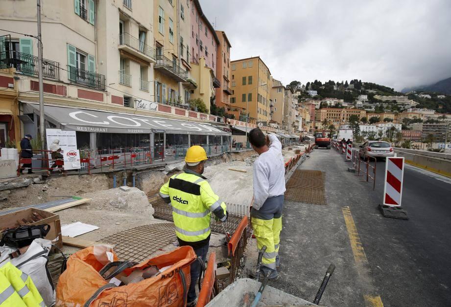La première phase de travaux du quai Bonaparte devrait s'achever à la fin du mois de juin, si la météo ne vient pas perturber les prévisions.